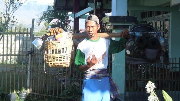 porter trekking gunung rinjani lombok