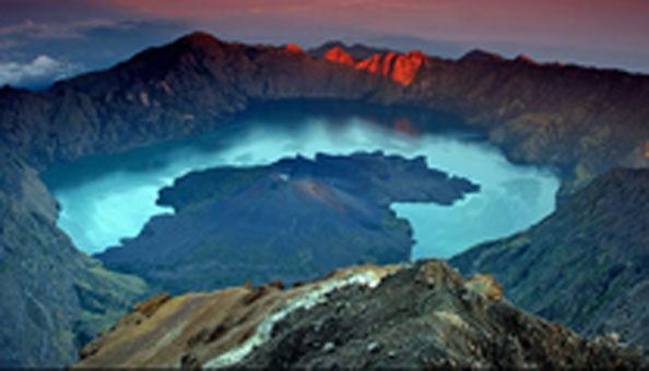 Trekking gunung rinjani sembaun lombok